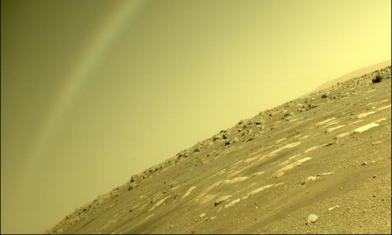 Arco-íris capturado pela câmera da Perseverance na verdade foi resultado de lens flare